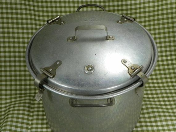 Vintage West Bend Aluminum The Waterless Cooker Modern Model