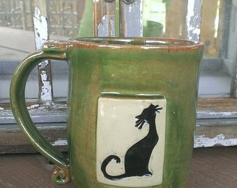 Green/red Cat ceramic mug