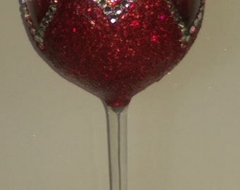 Three hearts extra large wine glass