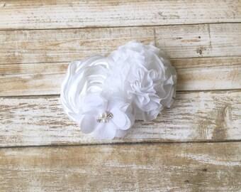 Wedding Hair Clip/White Hair Clip/Bridal Hair Clip/Flower Hair Clip/Bridal Hair Piece/Flower Girl Clip/Hair ClipFlower/Bridal Headpiece