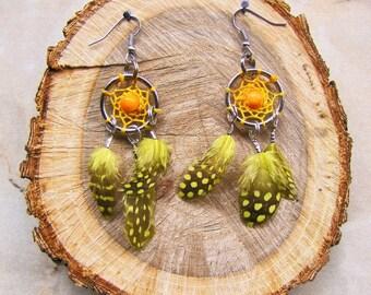 Dreamcatcher - dreamcatcher earrings - yellow - feathers - spring - summer