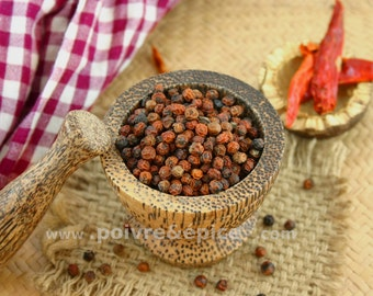 Red Kampot peppercorn