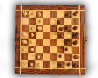 Legendary Brand New Hand Crafted Pearl Wooden Chess Set 30cm x 30cm 'FREE DELIVERY'