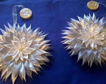 Holdbacks with magnets, silvery-white, handmade, kanzashi
