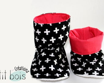 Slippers style ankle boot to cross, red rose
