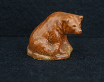 Wade Whimsie Brown Bear Figurine