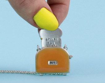 Tilleys Toaster Necklace