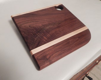 solid walnut hardwood cutting board