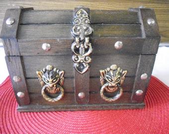 Wooden Chest Bar Set