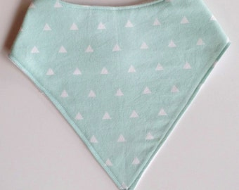 Triangular pattern bibs available!