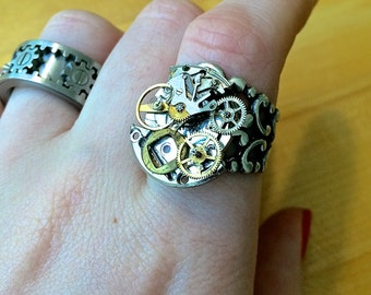 Steampunk fully adjustable ring