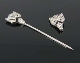 Art Déco Diamonds and onyx Jabot pin or Brooch, platinum, c. 1925