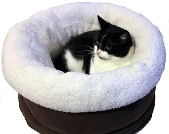 Cats basket, small dogs basket bed, pet basket bed, cat bed, dog bed, POLAR BEAR, warm cat bed, snuggle cat sack, cat furniture, designer