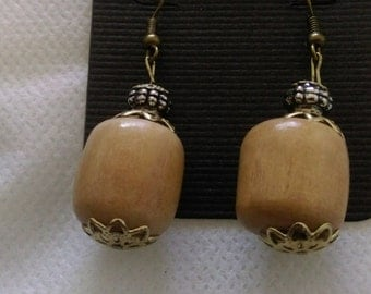 Brown wooded earrings