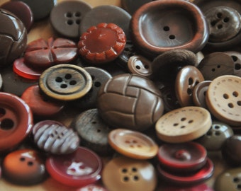 Vintage and Antique Buttons - Lot of 65 Buttons in Earth Tones - Autumn Colors - Early Plastics, Bone, Wood Buttons - Boho - Mixed Buttons