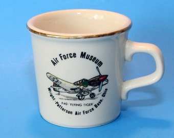 Wright-Patterson Air Force Museum Souvenir Cup Mug, P-40 Flying Tiger, EUC