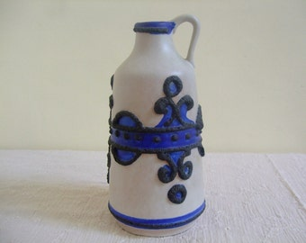 Marei 106-16: Vintage West German Fat Lava Vase with Brugge Decor in Blue and White