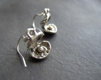 Oyster earrings, silver shell earrings, oyster with pearl, maritime earrings, silver plated, dangling shell, cute nautical earrings, gift