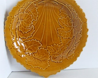 Vintage leaf patterned ceramic serving dish made in England by TG Green and Co Church Gressley amber yellow fall autumn leaves Thanksgiving