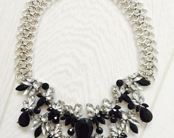 Large statement necklace black and silver