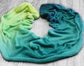hand dyed yarn 100g sock blank gradient 'Surf's Up' superwash /100% merino wool /hand dyed yarn / indie dyer /sock yarn / crochet / knitting