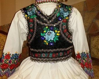 Wonderful hungarian folk costume!