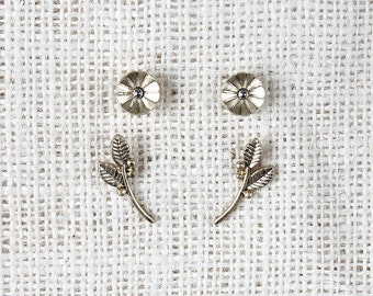 Deco Flower and Branch Earrings - Gold