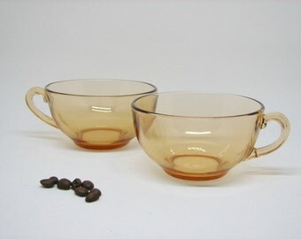 Pair of Vintage Glass Coffee Cups in Dusty Peach/Pinkish Amber — 1960s Kaffeeklatsch Style