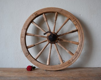 Antique wheel from spinning wheel / Wooden wheel  / Old wooden spinning wheel / Rustic decor / Round wall hanging / Wall hanging decor