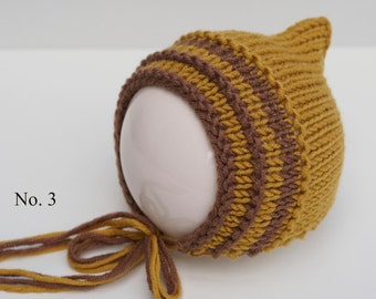 Newborn bonnet bi-colour