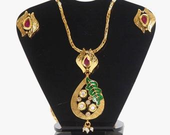 Aadhya Jewels Beautiful Kundan Cute Pendant Set with Chain