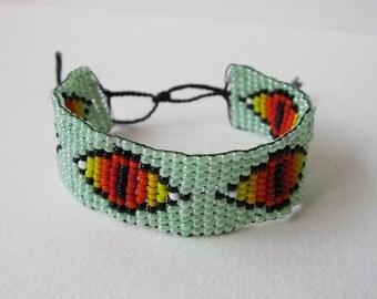 Eyeball beaded bracelet
