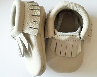 Leather Baby Moccasin in pebble