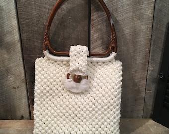 Vintage crochet purse, vintage macrame purse, plastic handle purse , vintage bag, retro bag