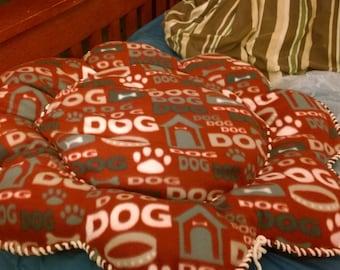 Handmade Pet Beds by Linda