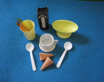 Children's Play Dishes