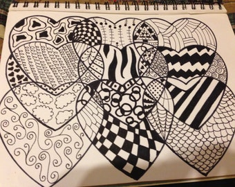 Abstract black & white hearts