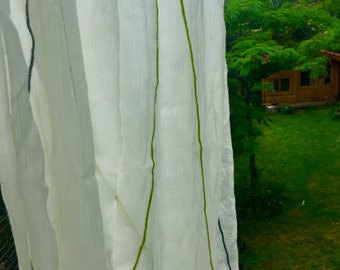 Beautiful scarf silk and cashmere of Nepal