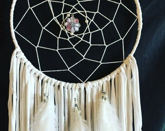 """12"""" Dreamcatcher with pearls"""