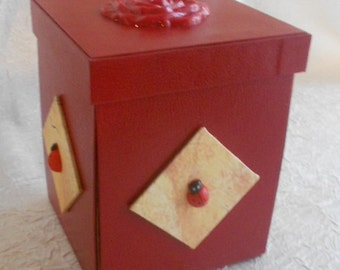 Accessories sewing box