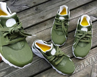 Custom Avocado green Nike Huaraches selling fast!
