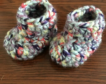 Comfy yarn crocheted baby booties/slippers, for newborn to 3 months old