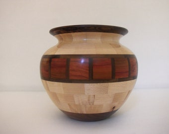 Segmented turned bowl