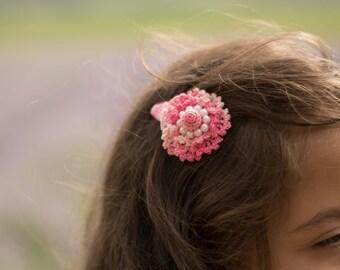 Crochet hair clip, crochet flower hair clip, hair clip, girls hair clip, girls gift idea, toddler hair clip, photo prop, pink hair clip