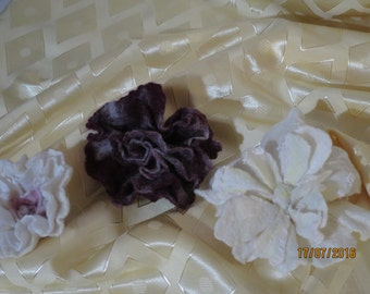 Handmade Brooches Felting.flowers.Costume accessories.