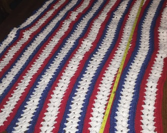 Crochet Tri-color blanket, baby blanket, USA, Red white blue