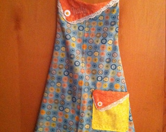 The Floral Apron - Full