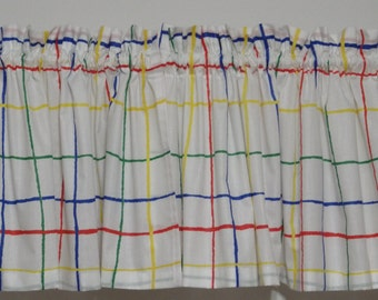 Multicolored grid pattern valance