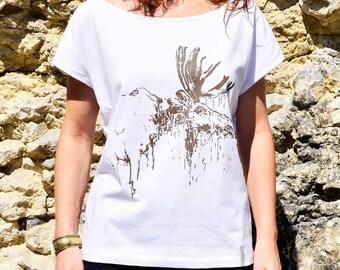 Loose T Shirt, Women T-Shirt, White T Shirt, Moose Print, Moose Clothes, Moose T-Shirt for Her, Loose Tee, White Brown Clothes