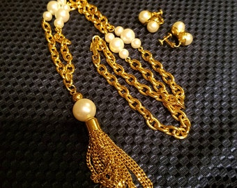 Vintage Gold Tone & Faux Pearl Necklace and Earring Set